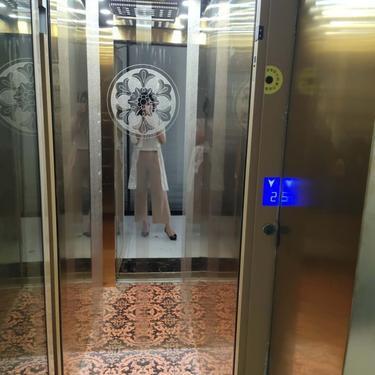 室内家用别墅电梯 二三层家庭观光电梯 私人定制简易小微型复式液压升降机