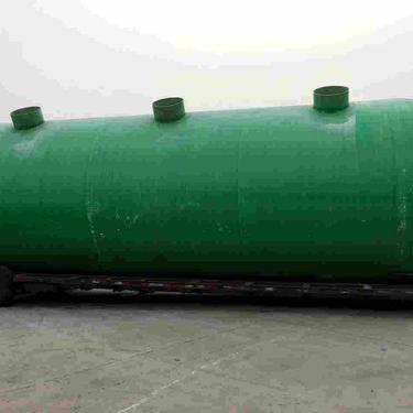 山东鲲鹏环保设备有限公司生产的50m3玻璃钢化粪池