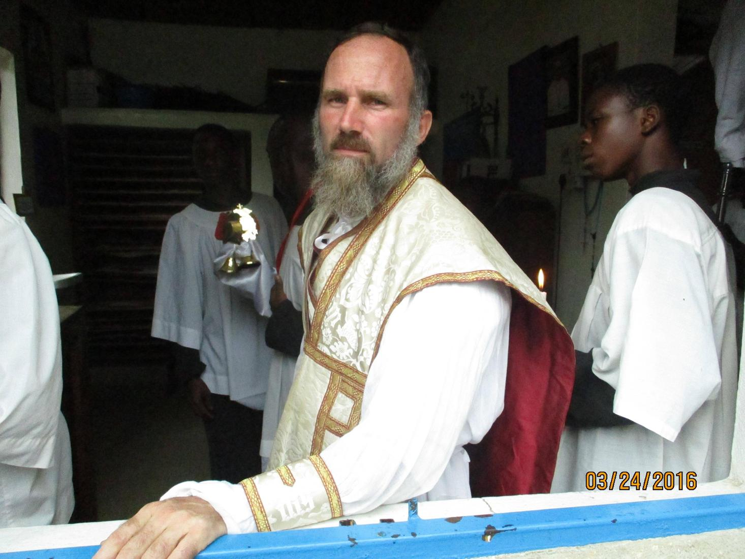 Photos from a traditional Catholic priest serving an African mission - 03 June
