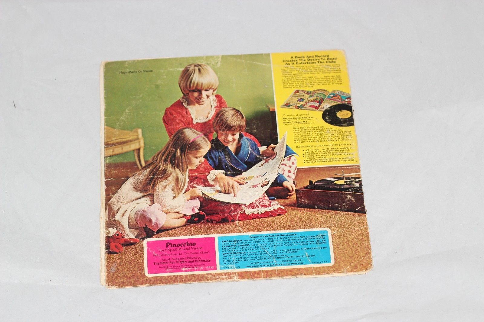 PINOCCHIO BOOK AND VINYL RECORD FROM PETER PAN RECORDS代拍_海外代购_美国代购_日